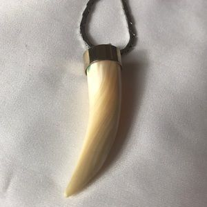 Vintage Opalescent Good Luck Horn Necklace